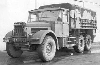 Albion CX22S - Albion CX22S heavy artillery tractor