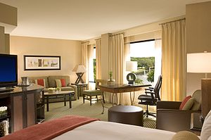 Hilton Orlando Lake Buena Vista - Image: Alcove Jr. Suite King