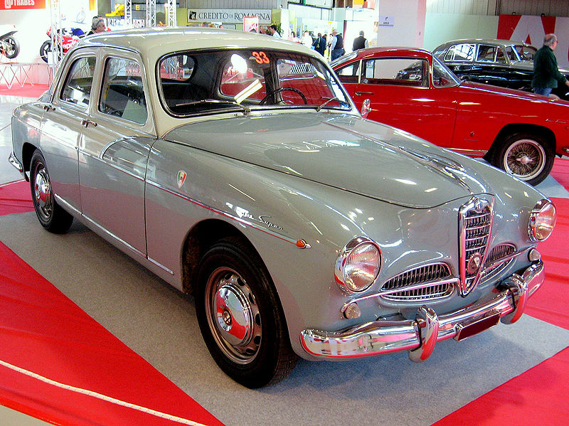 File:Alfa Romeo 1900 berlina (front view).jpg