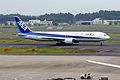 All Nippon Airways Boeing 767-381-ER (JA609A-32978-888) (19945905673).jpg