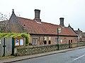 Almshouses, Flamstead (geograph 4249719).jpg