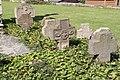 Alter Friedhof an der Westseite der Kirche in Gelsdorf (4).jpg