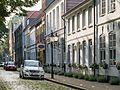 Am Mittelburgwall in Friedrichstadt.jpg