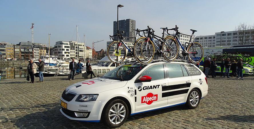 Antwerpen - Scheldeprijs, 8 april 2015, vertrek (A27).JPG