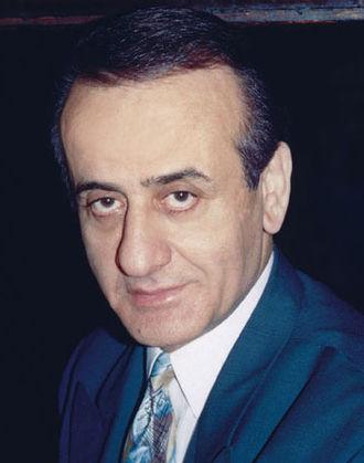 Apostolos Nikolaidis (singer) - Apostolos Nikolaidis in 1995