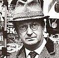 Auberon Waugh en la década de 1980..jpg