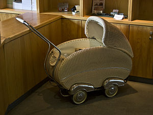 Baby transport - A wicker pram