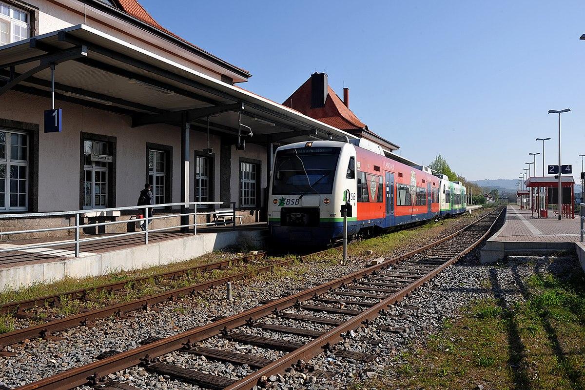 Bahnhof Breisach am Rhein 03 10.jpg
