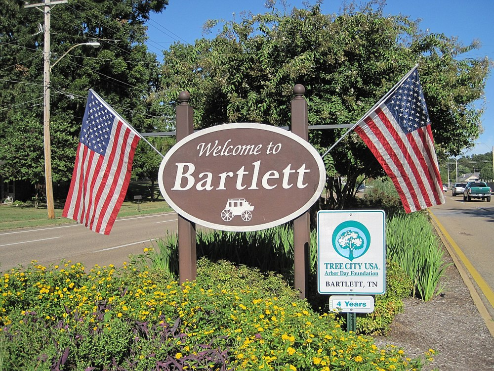 The population density of Bartlett in Tennessee is 658.24 people per square kilometer (1705.02 / sq mi)
