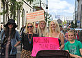 Beautiful Icelandic women (5969769161).jpg