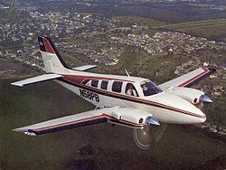 Beechcraft Baron 58.jpg