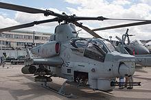 Bell AH-1W SuperCobra Le Bourget 20110624.jpg