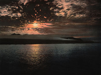Bellsund norway midnight sun 1900.jpg