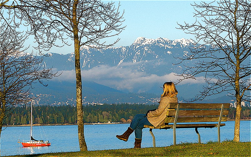 File:Bench near English Bay.jpg