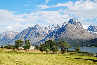 Lyngen - View of Bensnes