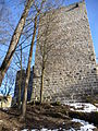 Bergfried Burgruine Windegg.jpg