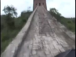 Податотека:Biking the Great Wall (no audio).webm