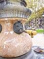 Bilbao - El Arenal, fuentes 2.jpg