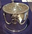 Biscuit Box, Paul Storr, British, 1812, silver - Huntington Museum of Art - DSC05393.JPG