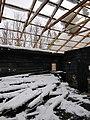 Biserica de lemn din Povârgina după incendiu (acoperiș).jpg