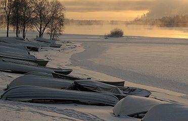 Boats Tuira Oulu 20140119.JPG