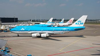 English: Aircraft: Boeing 747-406M Airline: KL...