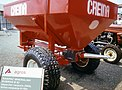 Broadcast spreader B82.jpg