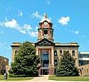 Brown county south dakota courthouse aberdeen.jpg