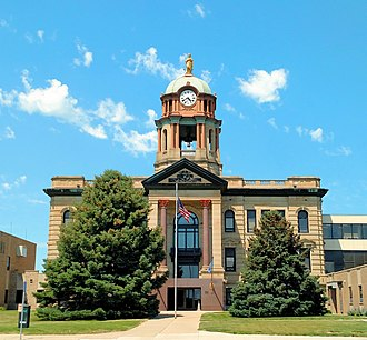 Brown County, South Dakota - Image: Brown county south dakota courthouse aberdeen