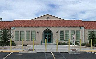 Buckeye, Arizona - Image: Buckeye Buckeye Union High School A Wing 1