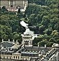 Buckingham Palace (2950469302).jpg