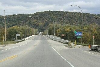 Wisconsin Highway 54 - Image: Buffalo County Wisconsin WIS54West Terminus Bridge