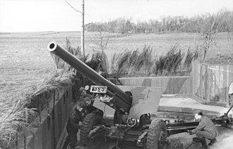 10.5 cm hruby kanon vz. 35 - 10.5 cm hk vz. 35 captured by the Wehrmacht, place as coastal artillery in France
