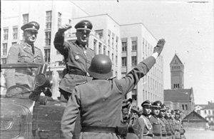 Operation Hornung - Image: Bundesarchiv Bild 101III Weiss 046 14, Russland, Minsk, Ordnungspolizei, Bach Zelewski