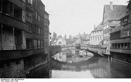 Bundesarchiv Bild 146-2008-0029, Nürnberg, Fleischbrücke.jpg