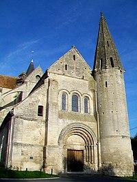 Bury (60), église Saint-Lucien, façade sud-ouest.jpg
