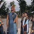 COLLECTIE TROPENMUSEUM Toba Batak dansers tijdens een si gale gale dans TMnr 20025951.jpg