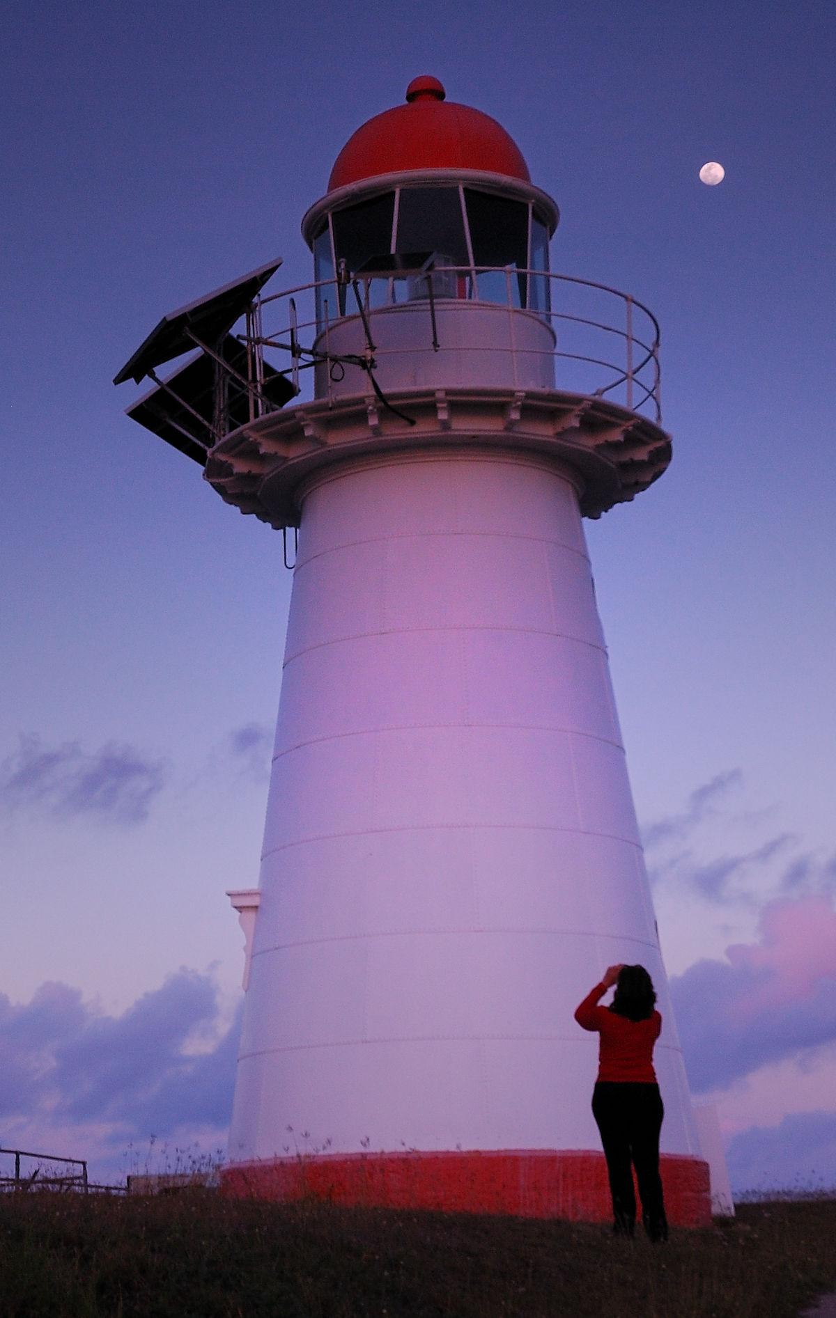 cape cleveland light wikipedia