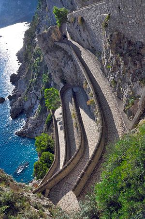 English: Via Krupp in Capri - Italy