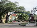 Carrollton Avenue Fontainebleau Arch 2.jpg