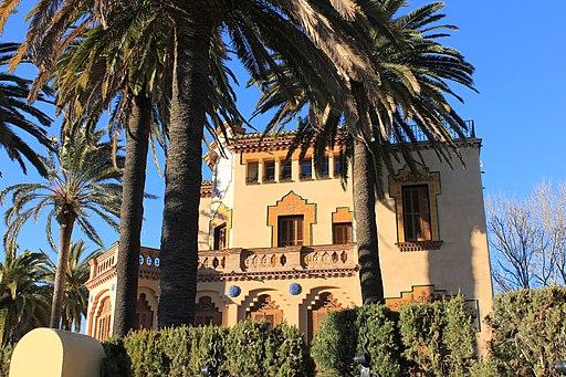 Casa Bonet (Salou), side facade