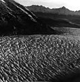 Casement Glacier, valley glacier crevasses, undated (GLACIERS 5314).jpg