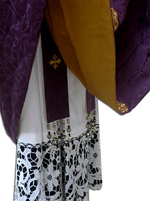 Risultati immagini per stola liturgica