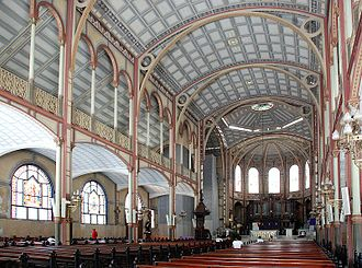 St. Louis Cathedral, Fort-de-France - The interior of St. Louis Cathedral, facing towards the altar and sanctuary.