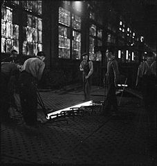 Cecil Beaton Photographs- Tyneside Shipyards, 1943 DB89.jpg