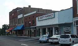 Centerville tennessee town square 2009.jpg