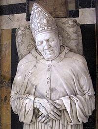 Certosa di fi, capitolo, porta intagliata, tomba di leonardo buonafede di f. da sangallo 03.JPG