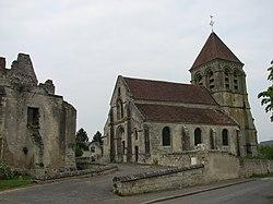 Château et église de Berzy-le-Sec.jpg