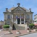 Châteauneuf 16 Hôtel de ville 2013.JPG