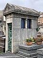 Chapelle Funéraire Famille Cabrignac Cimetière Ancien Vincennes 2.jpg